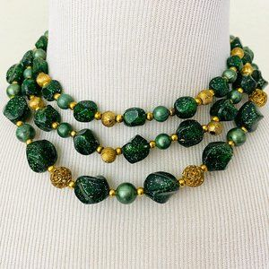 Vintage 1950s 1960s Gold Green Bead Necklace